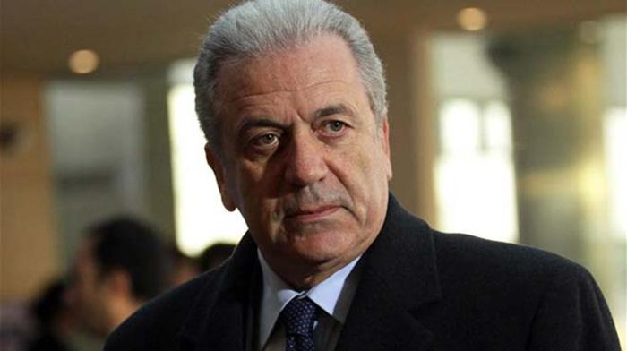 Οριστικό: Ο Δημήτρης Αβραμόπουλος για πρόεδρος της Δημορκατίας