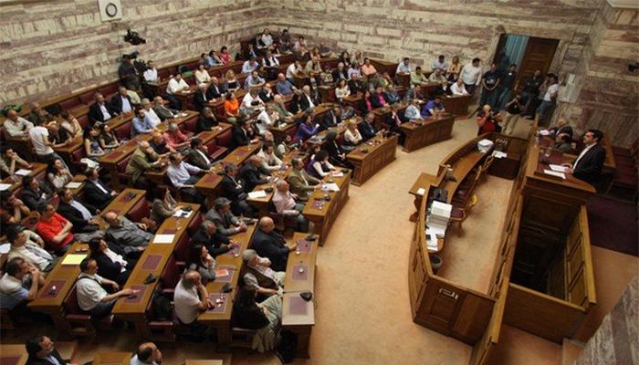 Αναβρασμός στον ΣΥΡΙΖΑ: Δεν θέλουμε πρόγραμμα, θέλουμε δημοψήφισμα
