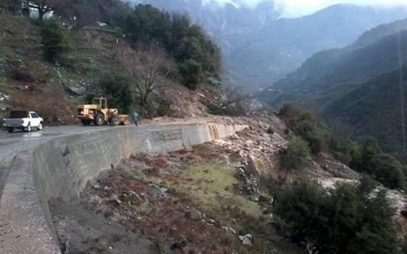 Ευρυτανία: Eκκενώνεται το χωριό Κρίκελλο