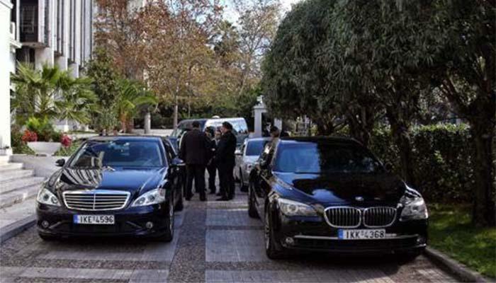 Απίστευτο: Οι βουλευτές του ΣΥΡΙΖΑ παρέκαμψαν τον Τσίπρα για να πάρουν αυτοκίνητο