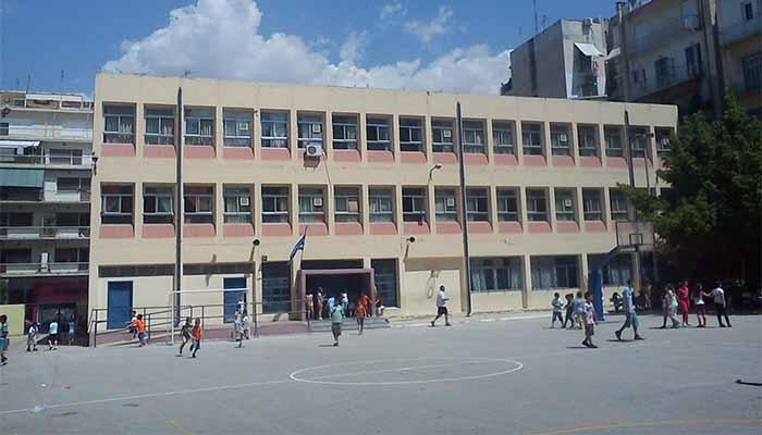 Ο Δήμος Αθηναίων ανοίγει τα σχολεία ανοιχτά στη γειτονιά και στην κοινωνία
