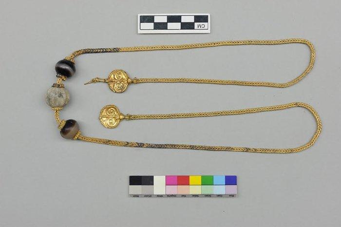 Βρέθηκε στην Περιοχή του Δήμου Πύλου – Νέστωρος (Άνω Εγκλιανός) ασύλητος τάφος πολεμιστή του 1500 π.Χ.