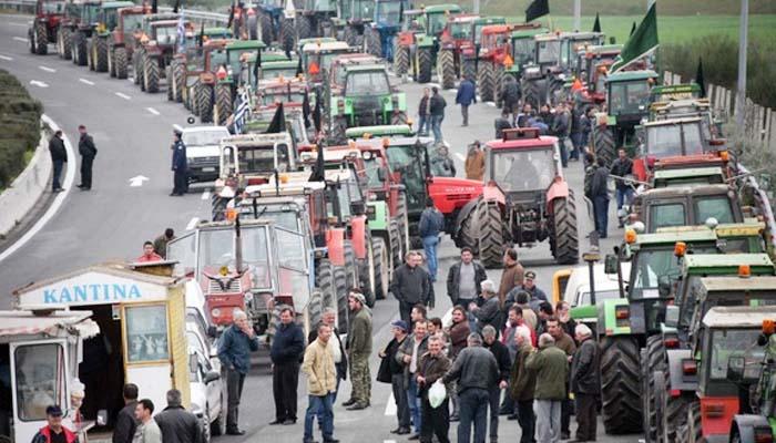 Αγρότες: Δεν μιλάμε με τον Τσίπρα αν δεν αποσυρθούν ασφαλιστικό και φορολογικό