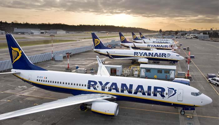Ryanair: Φεύγει από Ιταλία κι έρχεται Ελλάδα