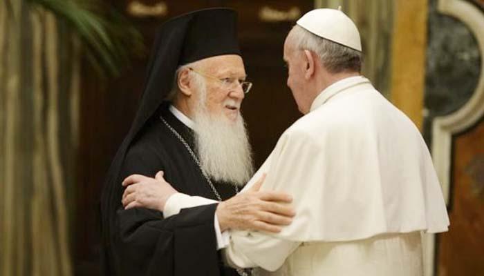 Οικουμενικός Πατριάρχης, Πάπας και Αρχιεπίσκοπος Αθηνών στη Λέσβο για να εκφράσουν την αλληλεγγύη τους σε πρόσφυγες και ελληνικό λαό