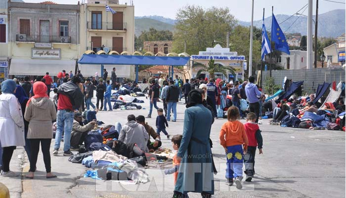 Liberation: Η ελληνική κυβέρνηση είναι απούσα στο προσφυγικό, η ακροδεξιά θεριεύει