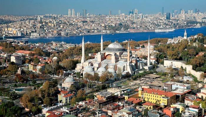 Der Spiegel: Ακόμη πιο κοντά στην κατάργηση βίζας για την Τουρκία