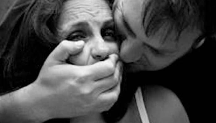 Μεσολόγγι: Κατήγγειλε ότι την βίασε ο σύζυγός της στην παραλία του Λούρου