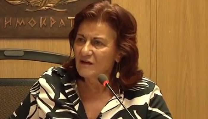 Θεανώ Φωτίου: Οι υπάλληλοι στα υπουργεία δεν κάνουν τίποτα!!!