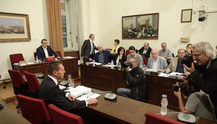 Γιάννης Στουρνάρας: «Πυρά» κατά του Γιάνη Βαρουφάκη, αλλά και αιχμές για Καραμανλή και Προβόπουλο