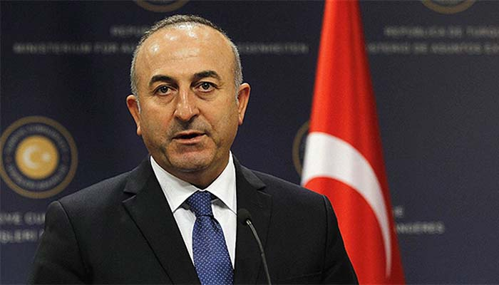 Μεβλούτ Τσαβούσογλου: Οι οκτώ Τούρκοι αξιωματικοί να εκδοθούν άμεσα
