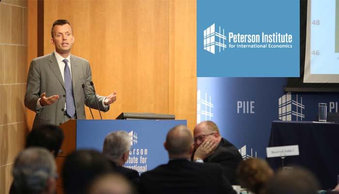 Peterson Institute: Ο Τσίπρας ακολουθεί επικίνδυνη πολιτική απέναντι στο ΔΝΤ
