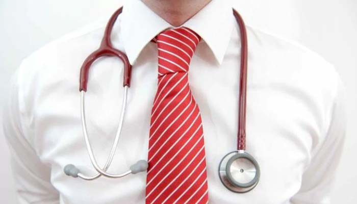 Η Αγγλία ζητά Έλληνες γιατρούς και πληρώνει 90.000 στερλίνες