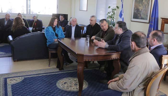 Συνάντηση του Δημάρχου Μεσολογγίου με τον Σταύρο Θεοδωράκη