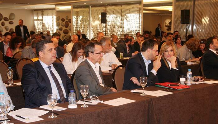 Δημοκρατική Συμπαράταξη: Συνέδριο για Ενιαίο Φορέα με ομόφωνη απόφαση