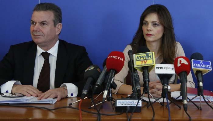 Αφού πρώτα ψήφισαν, τώρα τα χώνουν στον Πετρόπουλο για τις κατασχέσεις των συνταξιούχων ΣΥΡΙΖΑΙΟΙ βουλευτές
