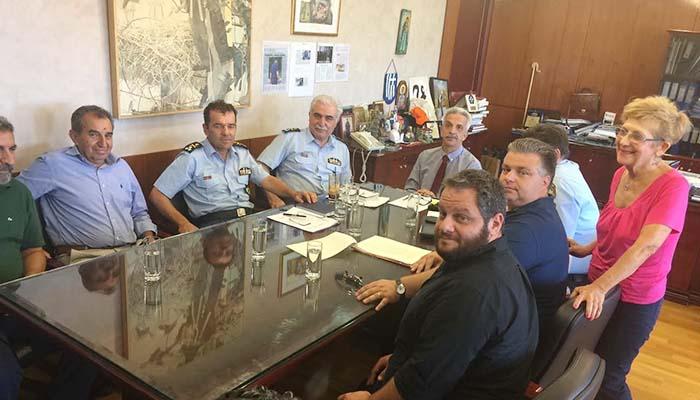 Ο Δήμαρχος Ι. Π. Μεσολογγίου και μέλη της κίνησης πολιτών του Αιτωλικού στο Υπουργείο Προστασίας του Πολίτη