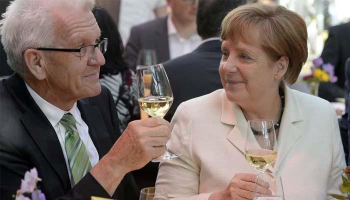 Γερμανία: Δημοσκόπηση δείχνει ότι η πλειοψηφία των Γερμανών προτιμά τον συνασπισμό «Τζαμάικα»