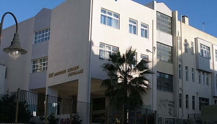 12ο Δημοτικό Σχολείο Γλυφάδας: 7χρονος έπεσε από ύψος 4 μέτρων στο κενό