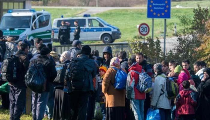 Die Welt: Ψεύτικα τα στοιχεία της Αθήνας για τους πρόσφυγες –Αφήνει αφύλακτα τα σύνορα για να περνούν πρόσφυγες