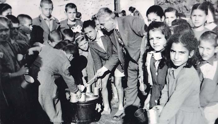 Τάσος Αποστολόπουλος: Τα σχολεία Αρκαδίας, Μεσσηνίας και Κορίνθιας γυρίζουν στη δεκαετία του 1960