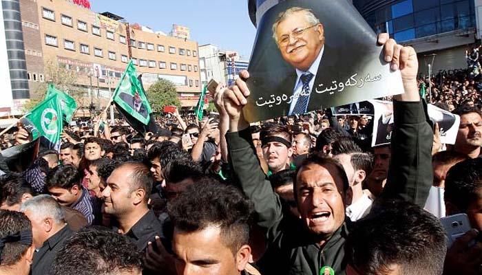 Τελευταία αντίο στον Τζαλάλ Ταλαμπανί από χιλιάδες Κούρδους του Ιράκ
