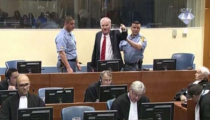 Ισόβια καταδίκη στο Ράτκο Μλάντιτς για γενοκτονία στην Βοσνία