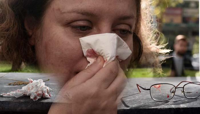 Χρυσαυγίτες χτύπησαν γυναίκες δικηγόρους έξω από το Εφετείο