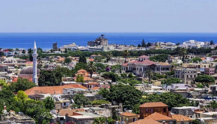 Πλούσιοι Τούρκοι αγοράζουν ακίνητα σε Ρόδο, Μύκονο και Αττική