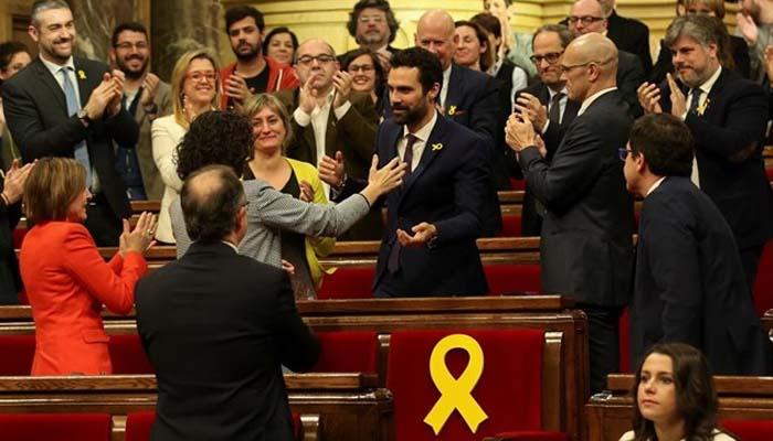 Καταλονία: Πρώτη συνεδρίαση του νέου τοπικού κοινοβουλίου, όπου υπερτερούν οι αυτονομιστές