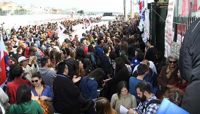 Πανεκπαιδευτικό συλλαλητήριο εκπαιδευτικών στο υπουργείο Παιδείας - Συνάντηση Γαβρόγλου με ΔΟΕ και ΟΛΜΕ [Φωτο]