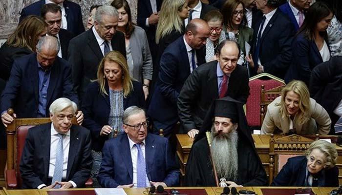 Ζαν Κλοντ Γιούνκερ: Να τηρήσουν οι Ευρωπαίοι τις δεσμεύσεις τους για το χρέος