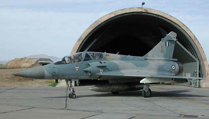 Έπεσε ελληνικό Mirage 2000 και αγνοείται ο πιλότος του