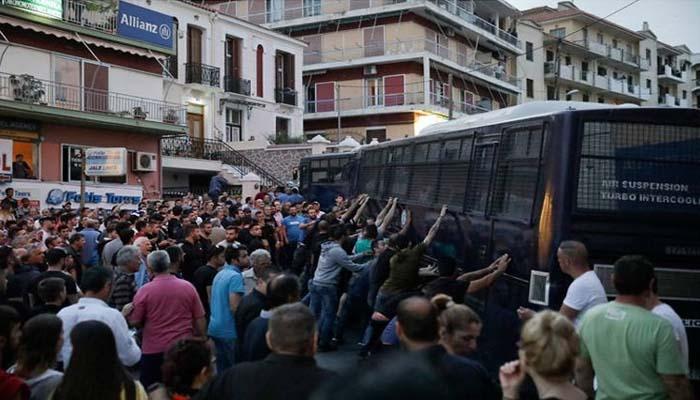 """Αστυνομικοί: Οι αστυνομικού δεν είναι """"στόχοι"""" για το κοινωνικό πρόσωπο αυτών που νομοθετούν εναντίον του ελληνικού λαού"""