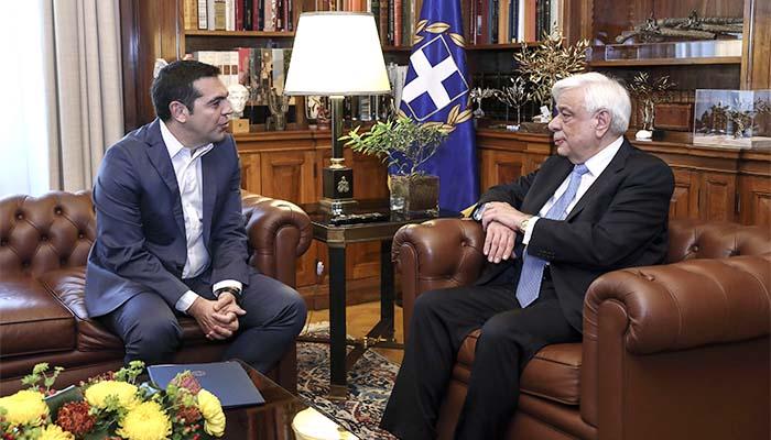Τσίπρας προς Παυλόπουλο: Έχουμε συμφωνία στο Μακεδονικό που υπηρετεί την εθνική γραμμή