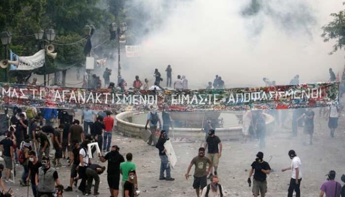 Αθώοι οι 18 αστυνομικοί που είχαν μηνυθεί από Τσίπρα και Κωνσταντοπούλου το 2011