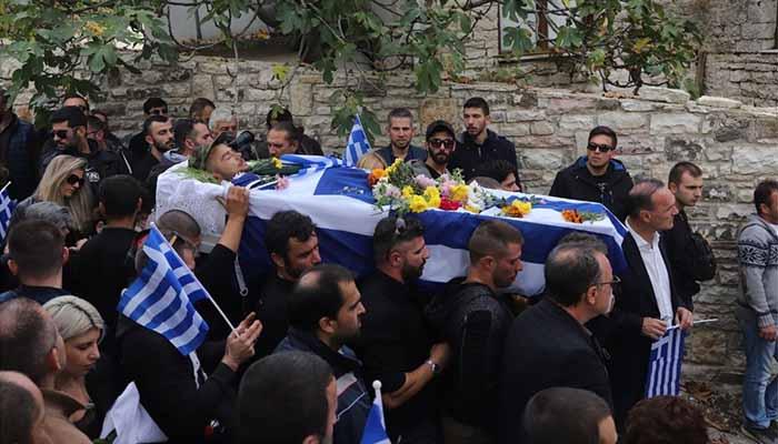 Θρήνος στους Βουλιαράτες: Το τελευταίο «αντίο» στον Κωνσταντίνο Κατσίφα [Φωτο - βίντεο]