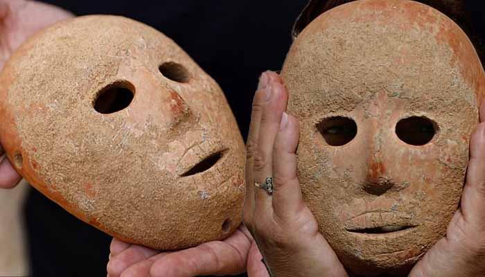 Αρχαία, πέτρινη Μάσκα 9.000 ετών βρέθηκε στην Παλαιστίνη απόισραηλινούςαρχαιολόγους