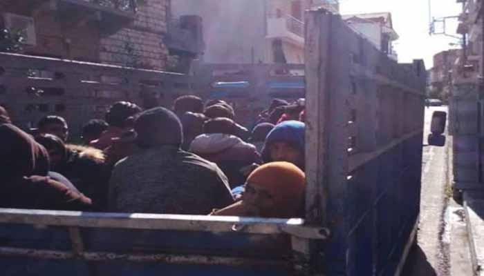 Μεσολόγγι: Φορτηγό με 40 παράνομους αλλοδαπούς αγρεργάτες έπιασε η αστυνομία