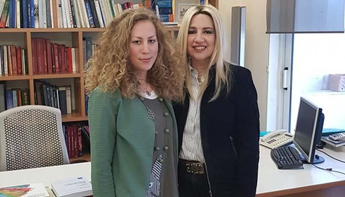 Βαρβάρα (Βέρα) Αποστολοπούλου- Καλκαβούρα υποψήφια ευρωβουλευτής με το ΚΙΝΑΛ: Από την Αθήνα στις Βρυξέλλες μέσω Στοκχόλμης