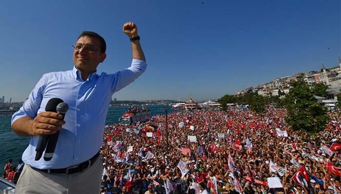 Η νίκη του Εκρέμ Ιμάμογλου στην Κωνσταντινούπολη είναι ένα μήνυμα δημοκρατίας
