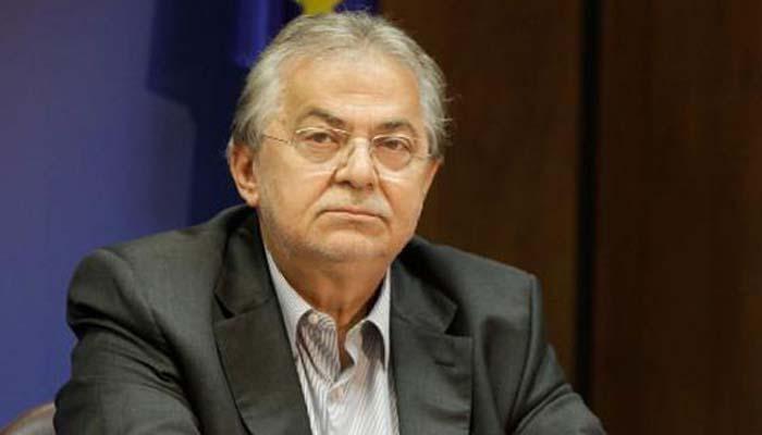 Πέθανε ξαφνικά το ιστορικό στέλεχος του ΠΑΣΟΚ και πρώην υπουργός του Σημίτη, ο Ροβέρτος Σπυρόπουλος