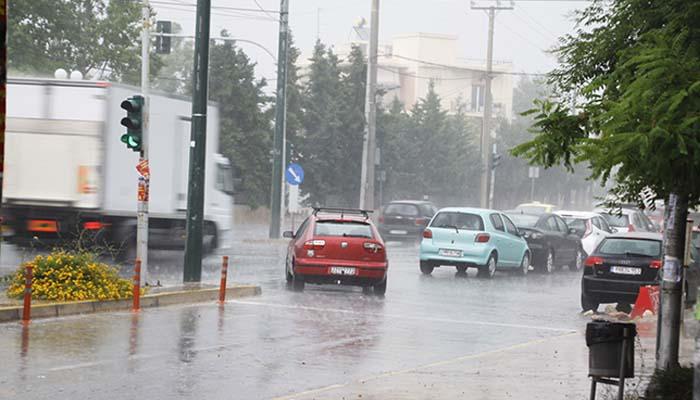Νέο δυνατό μπουρίνι με βροχή και χαλάζι έπληξε το Χαλάνδρι [Φωτο & βίντεο]