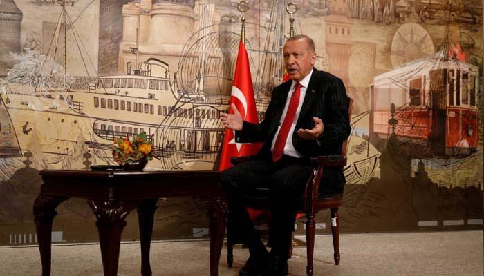 Ερντογάν στο Reuters: Στήριξη από την ΕΕ ή ανοίγουμε τις πύλες - Θα συζητήσω με τον Τραμπ την αγορά Patriot
