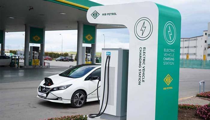 Η κυβέρνηση σχεδιάζει κίνητρα για την αγορά «καθαρών» αυτοκινήτων