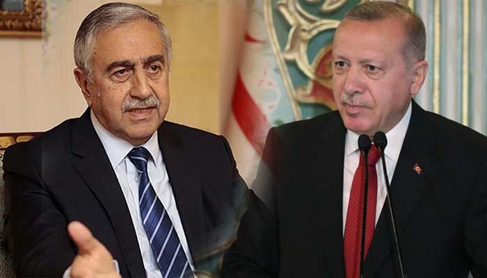 O Μουσταφά Ακιντζί επέκρινε την εισβολή στη Συρία και έκανε έξαλλο τον Ερντογάν