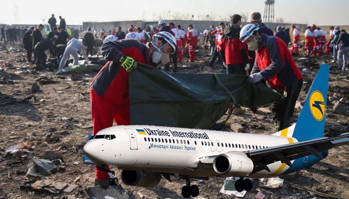 Ιράν: Συνετρίβη ουκρανικό Boeing 737, νεκροί και οι 180 επιβάτες – Έπεσε ή το έριξαν;