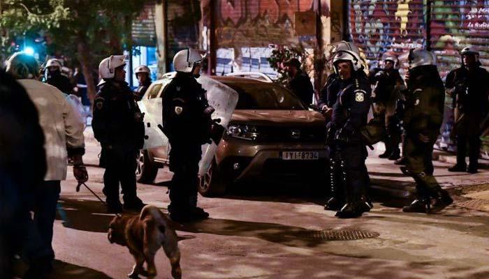 Σε εξέλιξη μεγάλη αστυνομική επιχείρηση στα Εξάρχεια