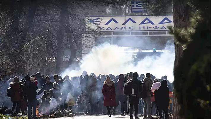 Ο Μητσοτάκης ακύρωσε το ταξίδι στη Σάμο και συγκαλεί έκτακτη σύσκεψη για να αντιμετωπίσει τις ορδές των μεταναστών