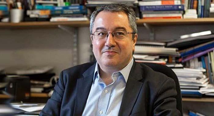 Ηλίας Μόσιαλος: Μπορεί να ποσοτικοποιηθεί το ρίσκο της αποκλιμάκωσης των μέτρων;
